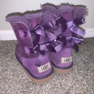 Ugg's with bows